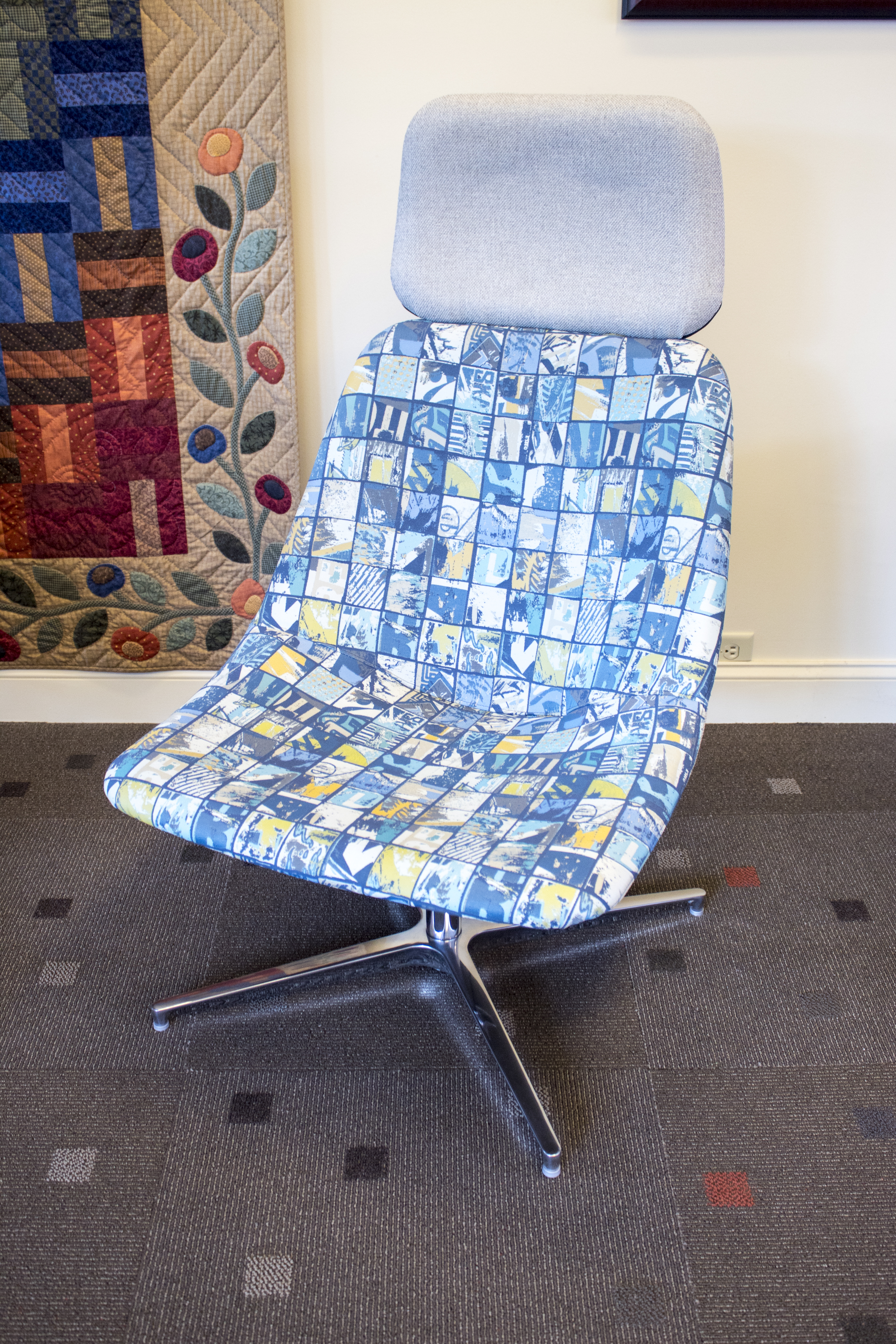 National Mabel with Headrest and Art of Board Fabric