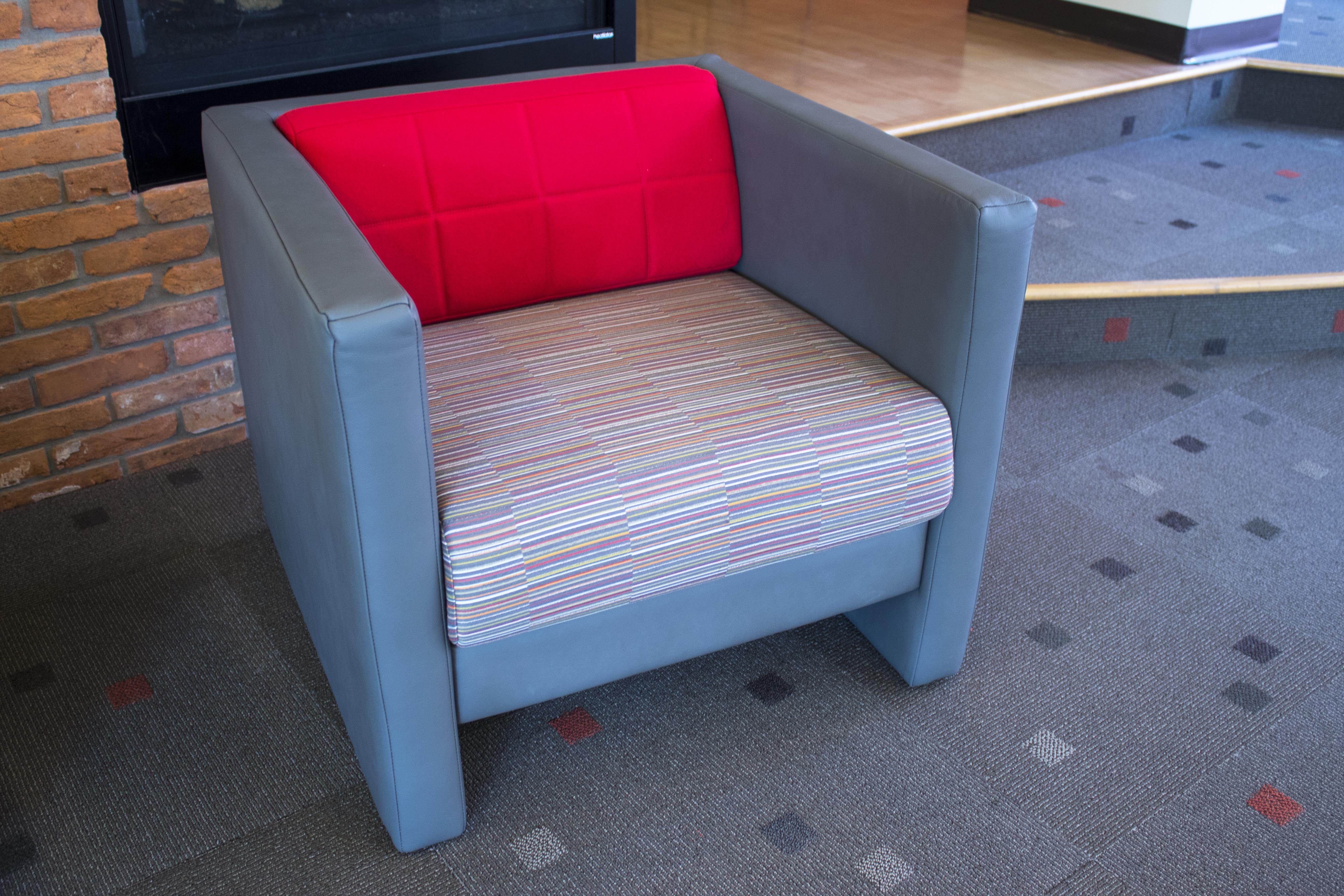 National Tellaro with Art of Board Seat Fabric
