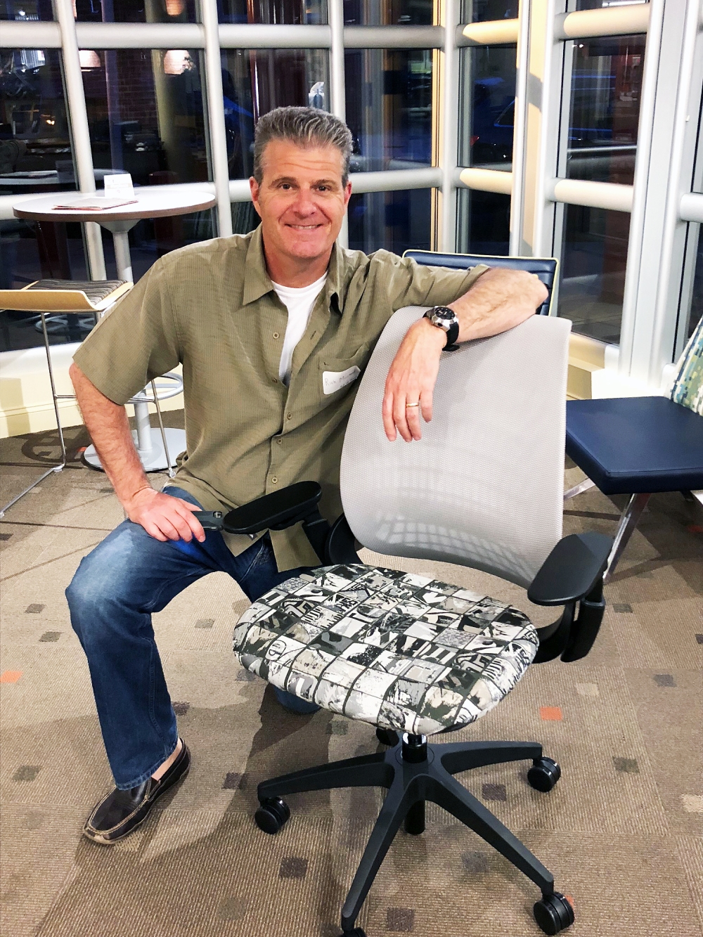Rich with Mimeo Task Chair
