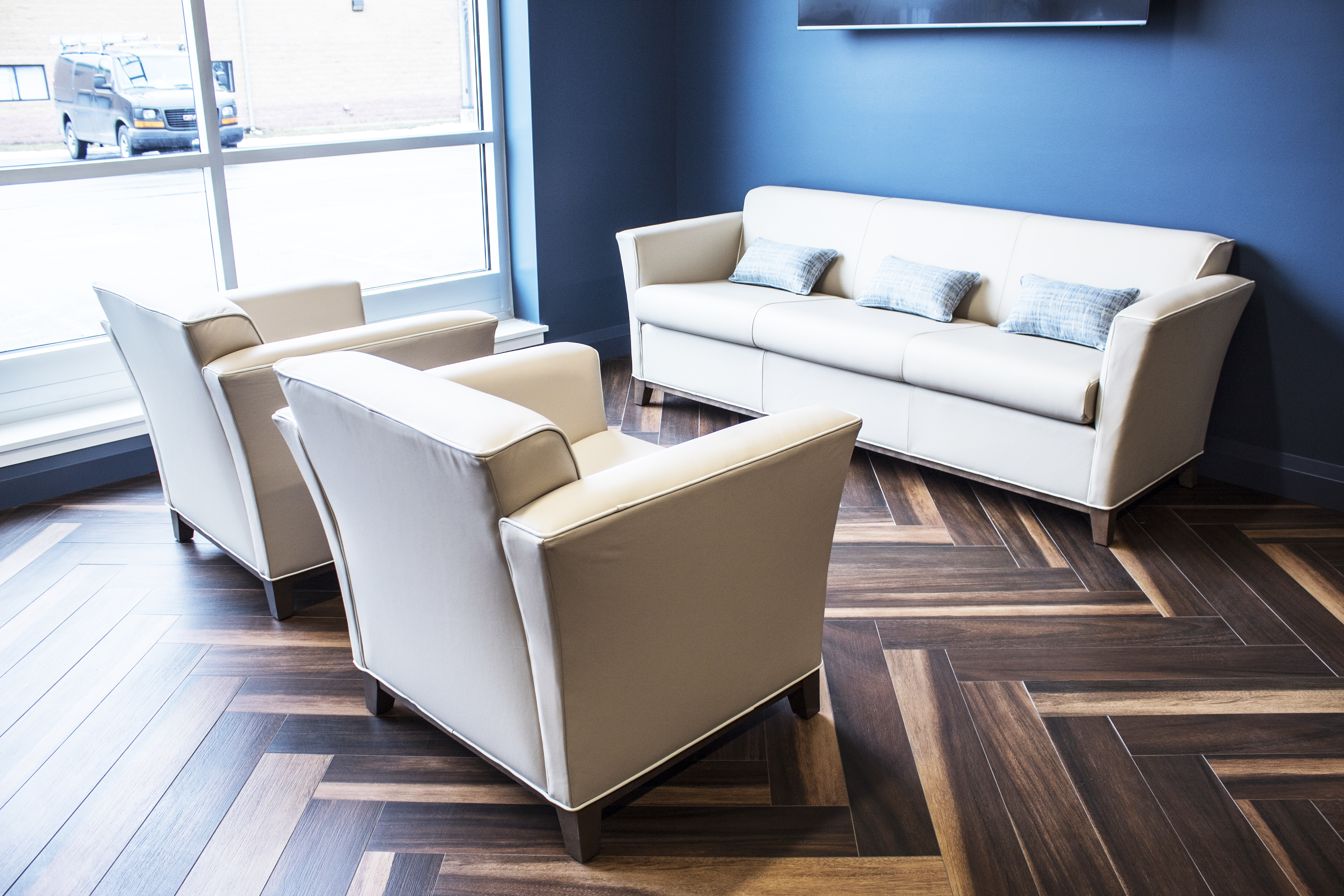 transteck executive office loung seating